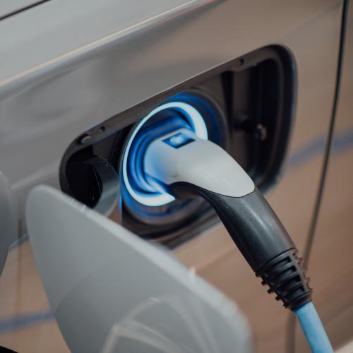 Een elektrische auto verzekeren - op wat moet je letten?